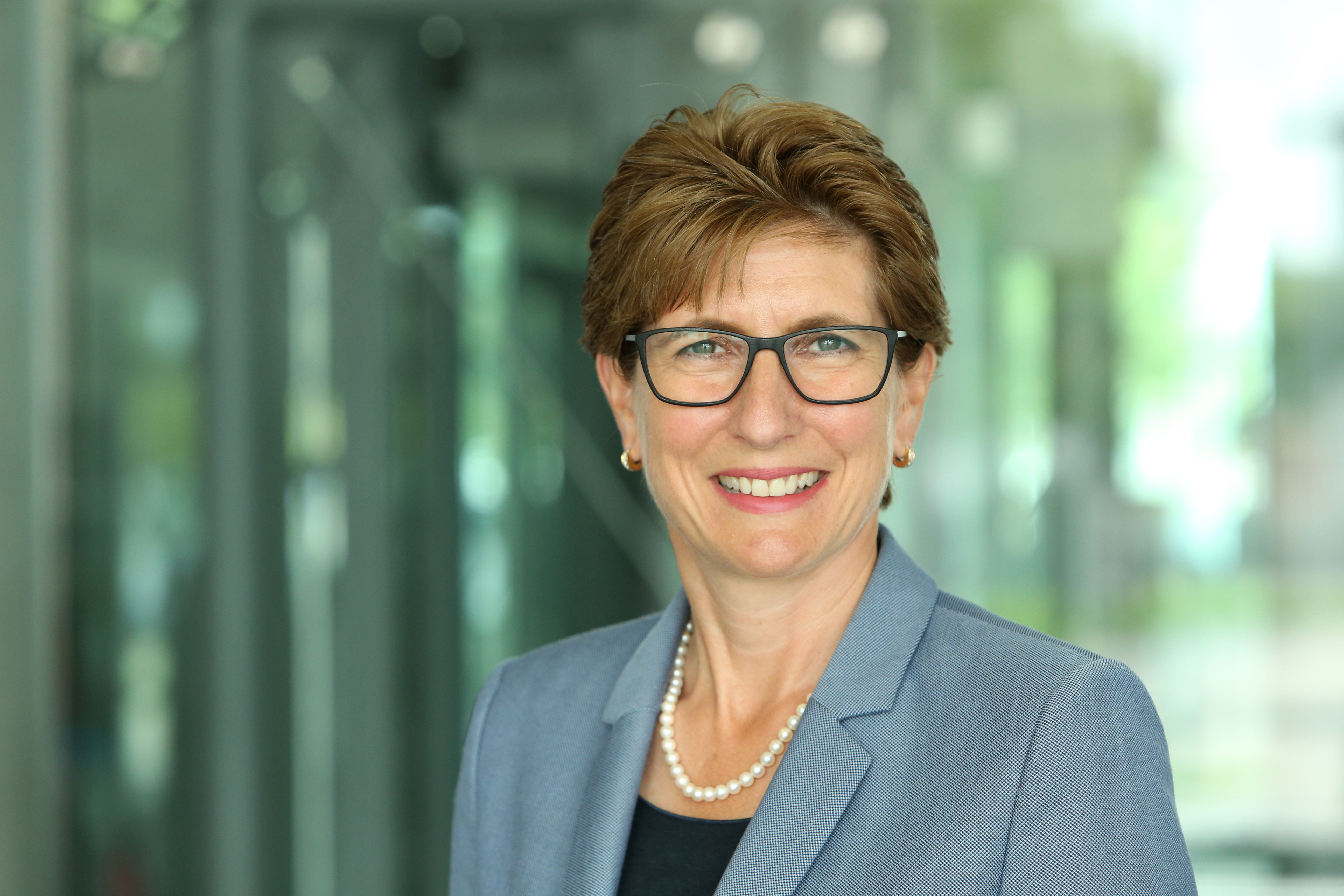 CV of Ilka Horstmeier, as of 1 November 2019 Member of the Board of Management of BMW AG, Human Resources, Labour Relations Director