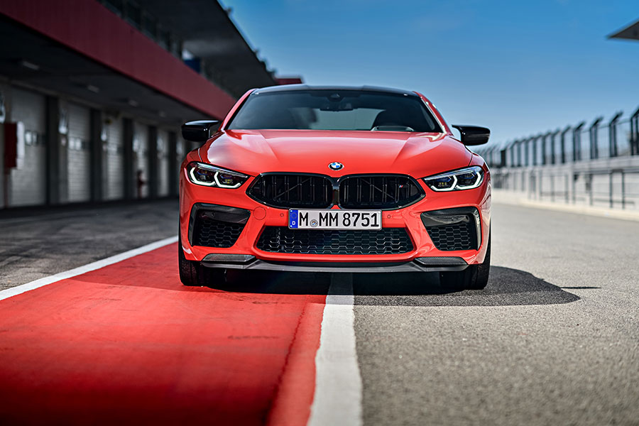 The new BMW M8 Competition Coupe and the new BMW M8 Competition Convertible – Additional pictures and videos